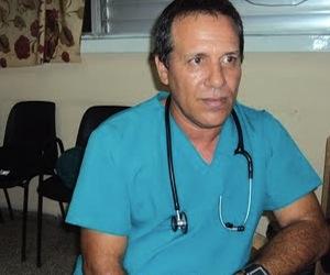 20110509162207-medico-soto-garcia-santa-clara-cuba1.jpg