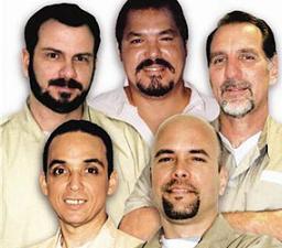 20121005050942-00-1cinco-heroes-cubanos-1.jpg