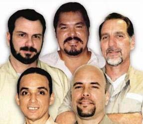 20130611135136-cinco-heroes-cubanos.jpg