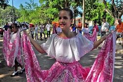 20170102035209-baile-compannia-amistad-yvg.jpg
