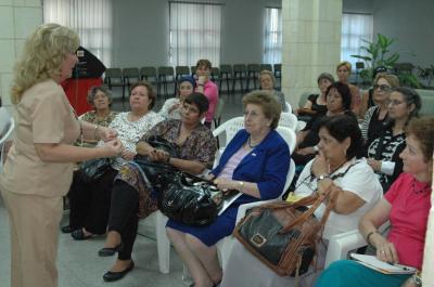 Rinden tributo al Che en Santa Clara líderes femeninas de América Latina