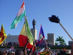 Un desfile a la altura de un pueblo glorioso