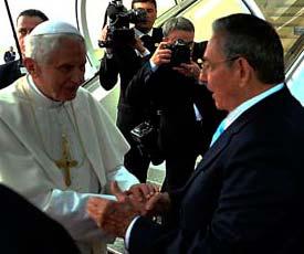 Benedicto XVI agradeció al Gobierno y pueblo de Cuba por la cálida acogida y las muestras de cariño ofrecidas durante su reciente visita pastoral al país caribeño.