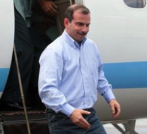Un héroe pisa el suelo cubano