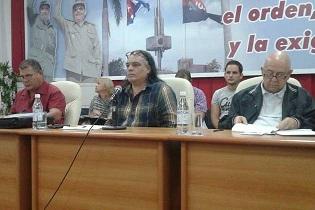 Llaman artistas y escritores villaclareños a defender las políticas culturales de la Revolución